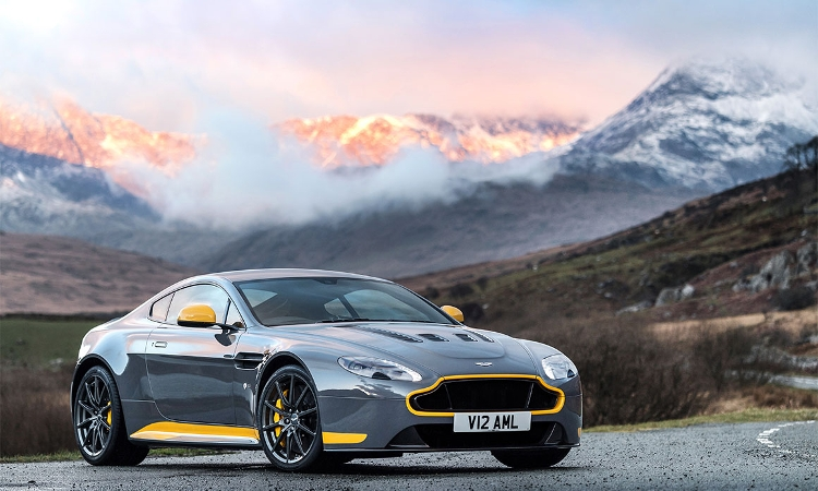 The Ultimate Analogue Aston Martin